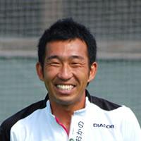 岡野智孝(おかのともたか)コーチ