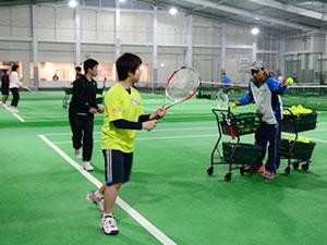 テニスレッスン風景